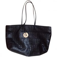 Borsa fendi shopping bag prezzo