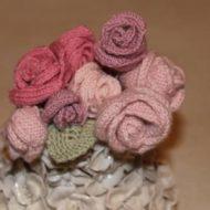 Fiori di lana ai ferri